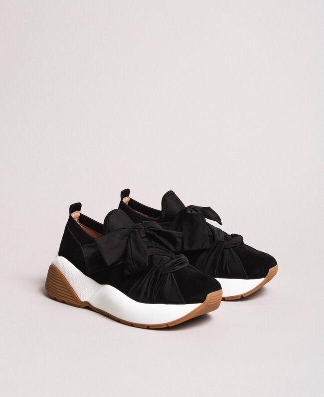 Sneakers in tessuto con maxi fiocco Nero Donna 191TCP154-03