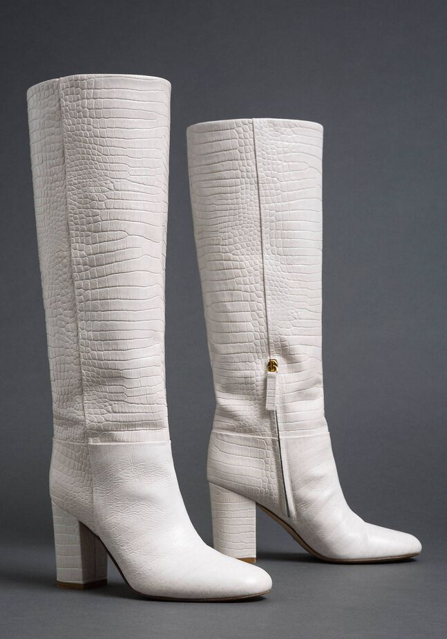 Leather boots with crocodile print