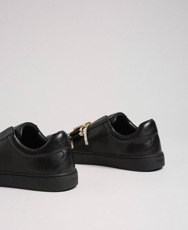 Baskets en cuir avec bande brodée Noir Femme 192TCP06Q-04