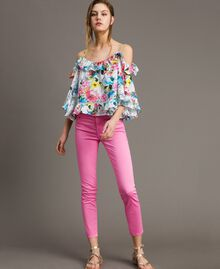 Skinny trousers with rhinestone heart Fluorescent Pink Woman 191MT2446-02