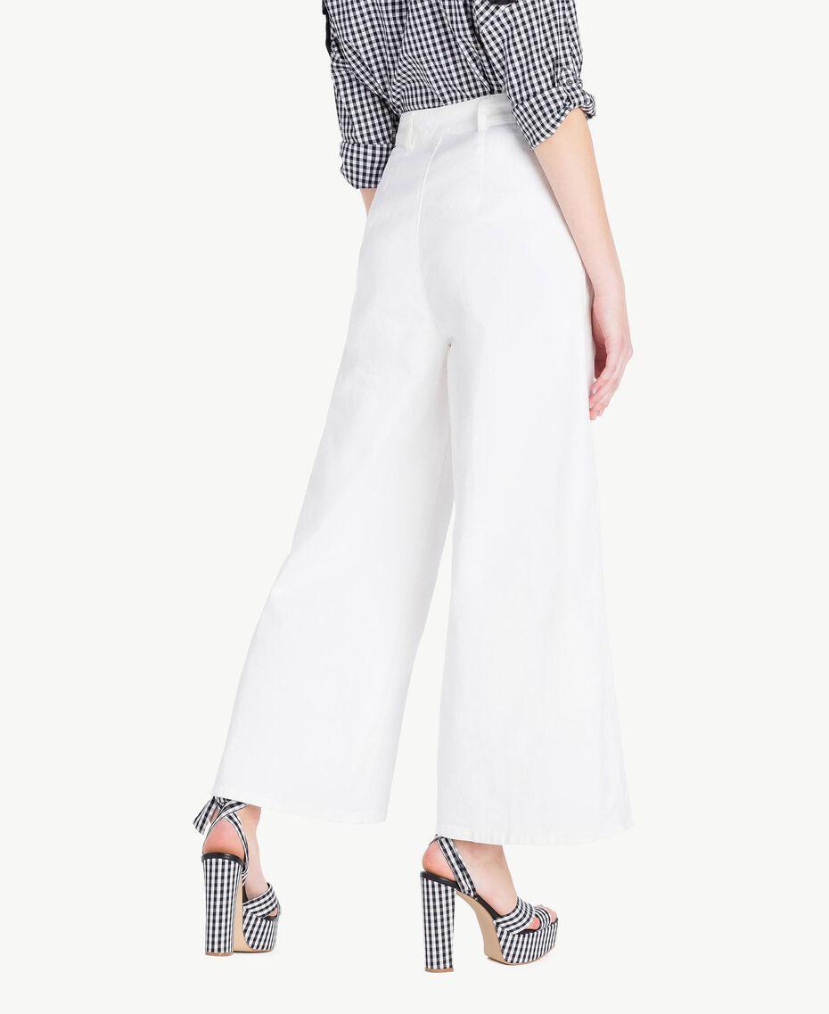 Cropped trousers White Woman JS82Z6-03