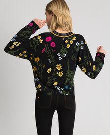 Cropped-Pullover mit Print und Lurex am Ausschnitt Motiv Schwarze Blumen Frau 192MP3231-04