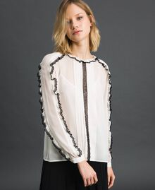 "Georgette blouse with micro frill and lace Bicolour ""Snow"" White / Black Woman 192TP2571-05"