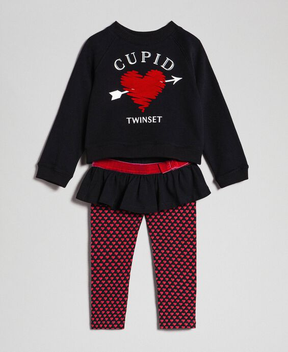 Heart sweatshirts and printed leggings