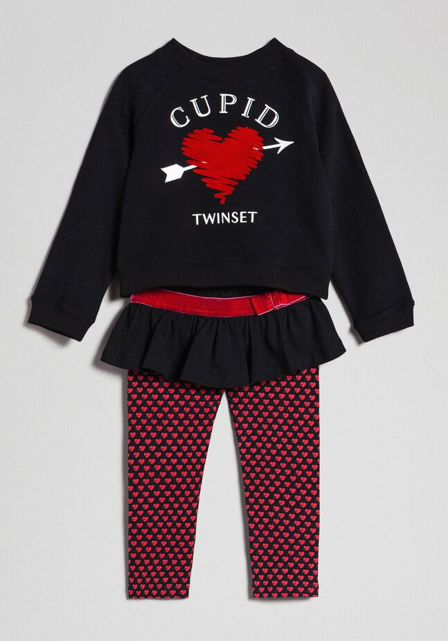 Heart sweatshirts and printed leggings