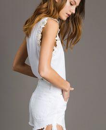 Trägerhemd mit Blumenapplikation Weiß Frau 191TT2201-02
