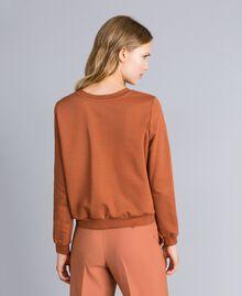 Sweatshirt aus Baumwolle mit Stickerei Erdbraun Frau TA82ZA-03