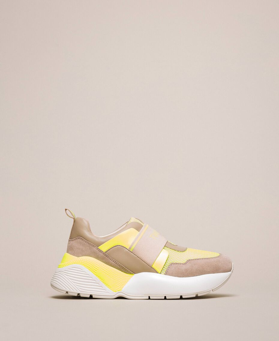 Running shoes with logo Two-tone Optical White / Fluo Yellow Woman 201TCP152-03