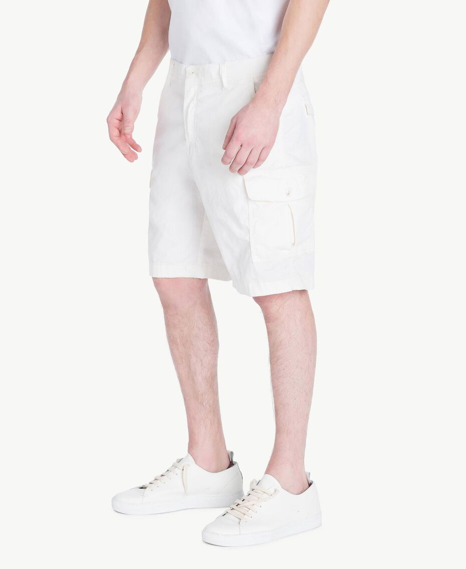 Cotton Bermuda shorts Matte White Man US823A-02