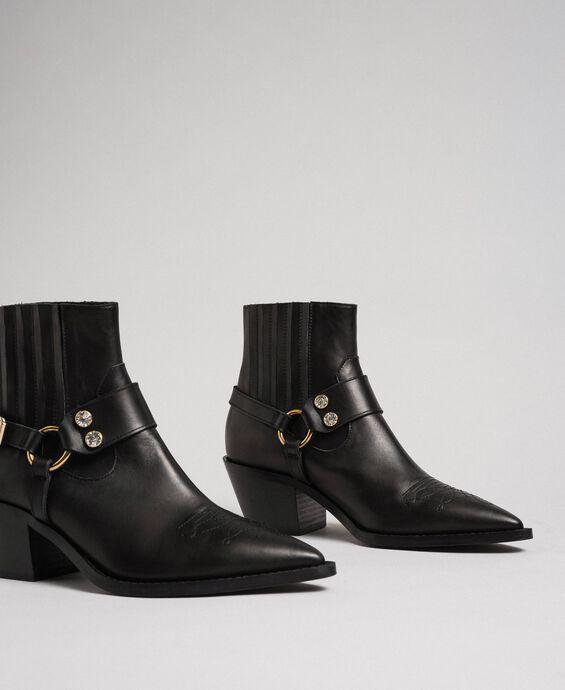 Boots à talons en cuir