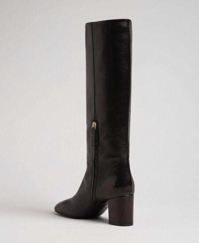 Hoher Stiefel aus Leder Leder Frau 192TCP100-03