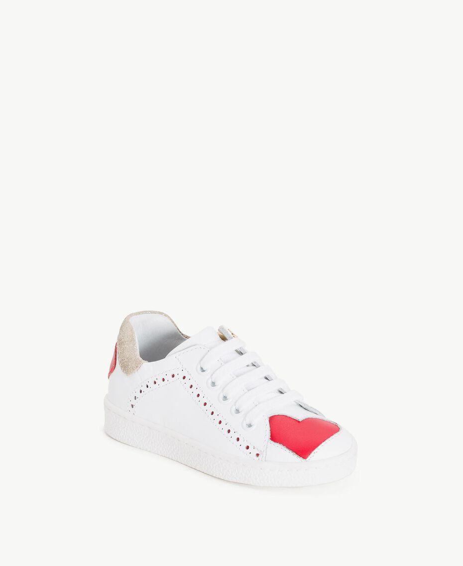 Sneakers mit Herzen Zweifarbig Papyrusweiß / Granatapfelrot Kind HS86BN-02