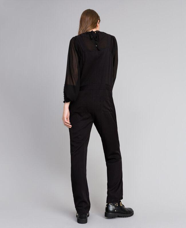 Salopette avec poche avant et broches Noir Femme JA82S1-04