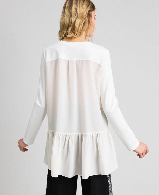 Блуза с асимметричным воланом Белый Снег женщина 192TP2641-03