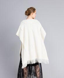 Poncho en maille avec franges Blanc Neige Femme PA83LN-03