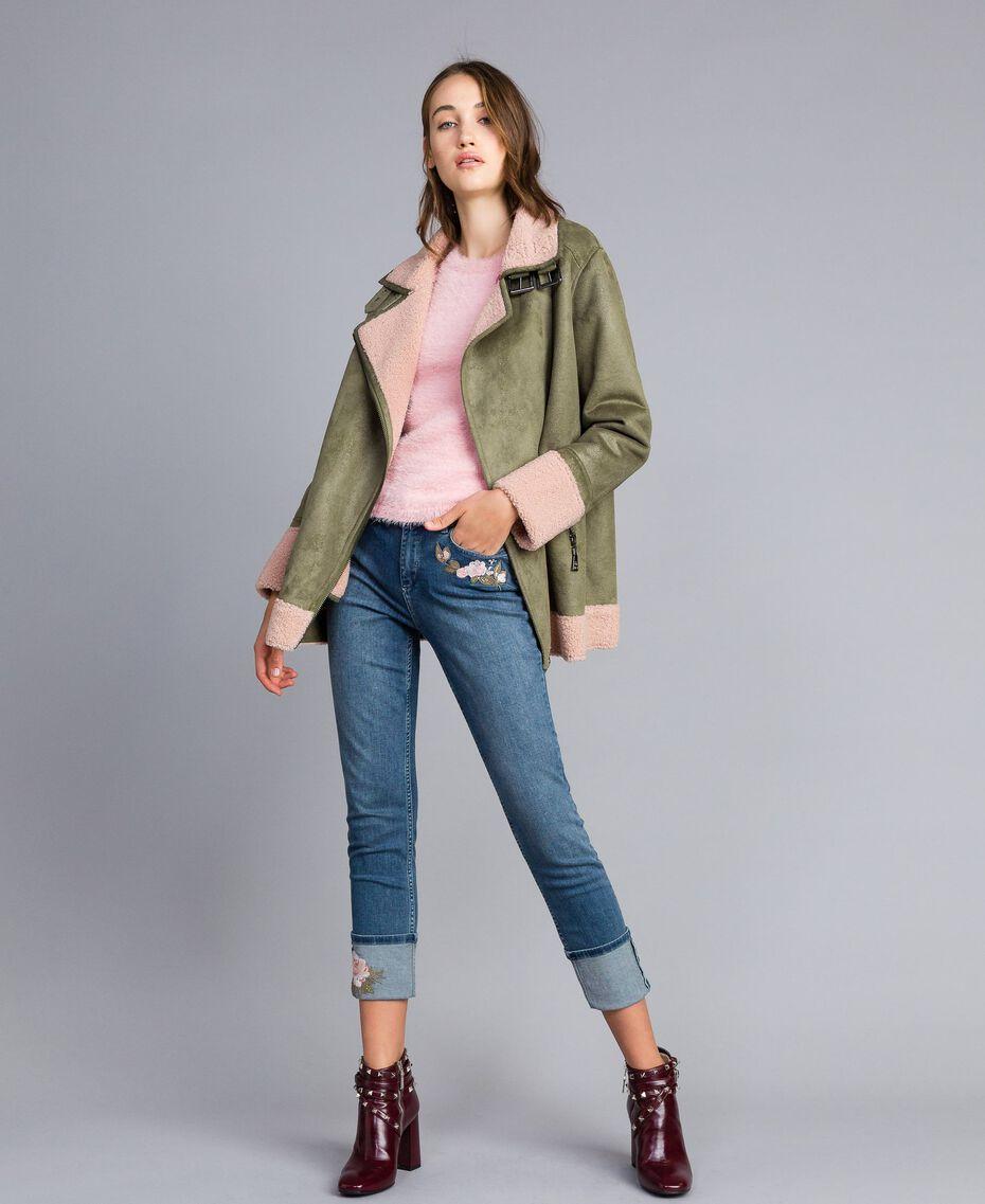 "Faux shearling jacket Bicolour Alpine Green / ""Nude"" Pink Woman JA82G1-0T"