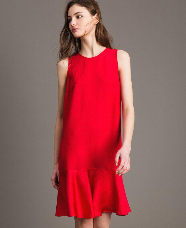 """Leinen-Kleid aus Enver-Satin mit Volant """"Lipstick Red"""" Rot Frau 191TT2304-01"""