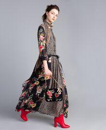 Robe longue en crêpe georgette avec imprimé floral Imprimé Fleur Patch Femme PA82MC-0T