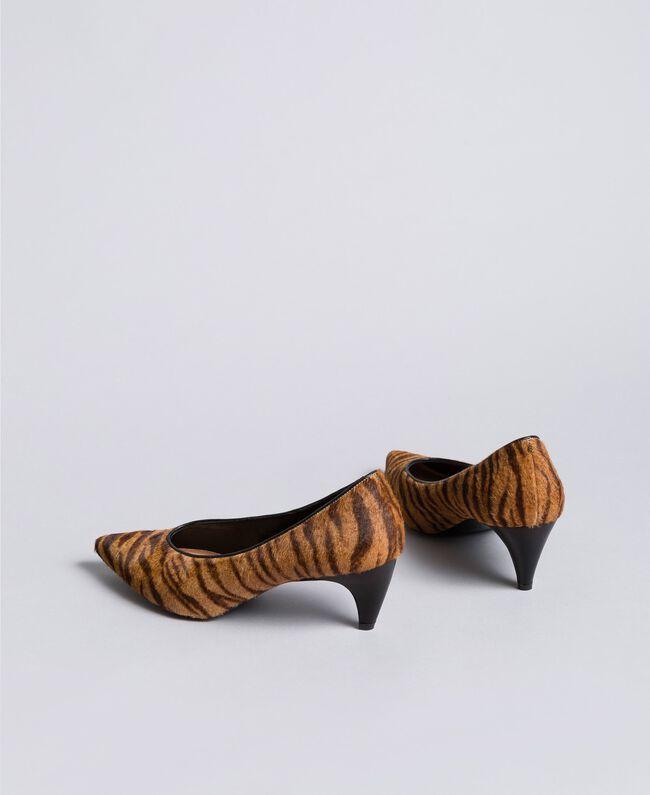 Animal print court shoes Tiger Print Woman CA8TEA-03