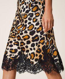 Falda de raso animal print Estampado Animal print Mujer 202LL2EHH-04