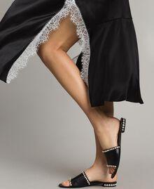 Robe longue en soie mélangée agrémentée de dentelle Bicolore Noir / Blanc Neige Femme 191TT2091-05