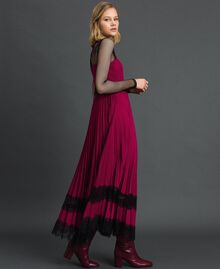 Lace slip dress Beet Red / Black Woman 192TP2282-04