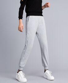 Pantalón jogger de felpa Gris Mélangé Mujer PA82CE-02