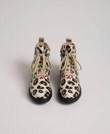 Bottines motardes en cuir avec imprimé animalier Imprimé Léopard Enfant 192GCJ02E-04