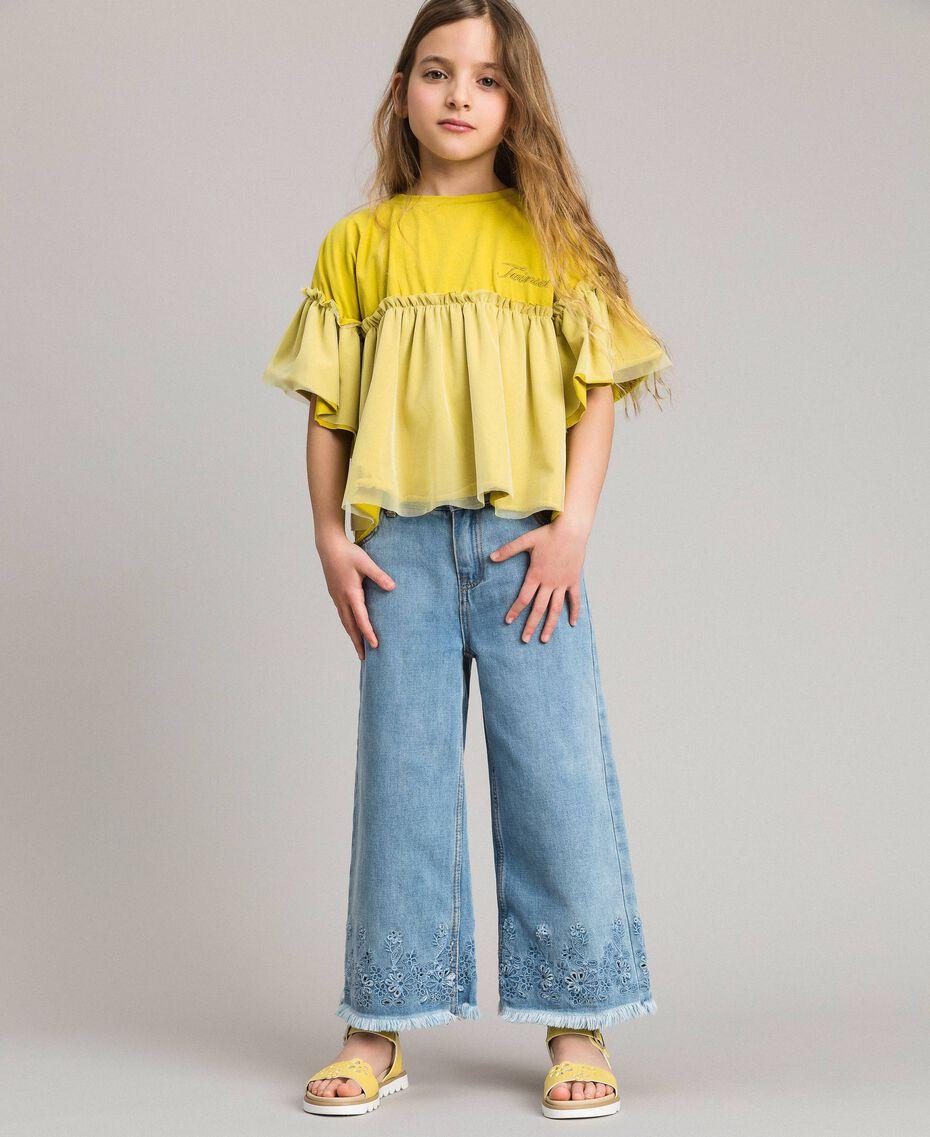Weite Jeans mit Lochstickerei-Verzierung Helles Denim Kind 191GJ2250-02