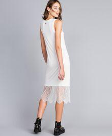 Kleid im Unterkleidstil mit Spitze Perlmutt Frau JA82TA-01