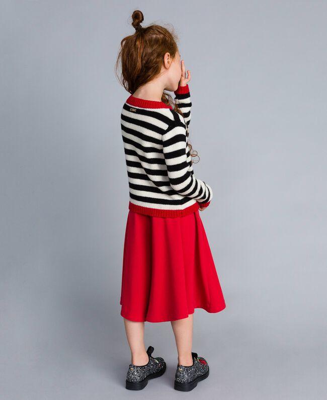 Pullover aus Wollmischung mit Streifenmuster Zweifarbig Schwarz / Off White Kind GA83GA-03