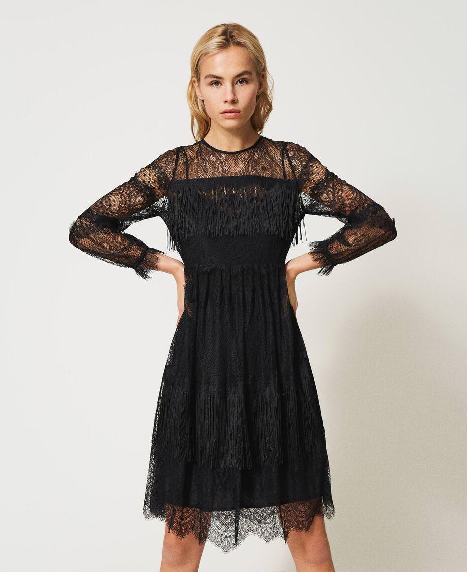 Robe en tulle avec dentelle et franges Noir Femme 202TP2374-02