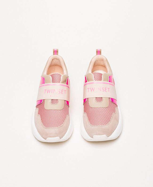 """Running shoes with logo Two-tone """"Blossom"""" Pink / Fluo Fuchsia Woman 201TCP152-05"""