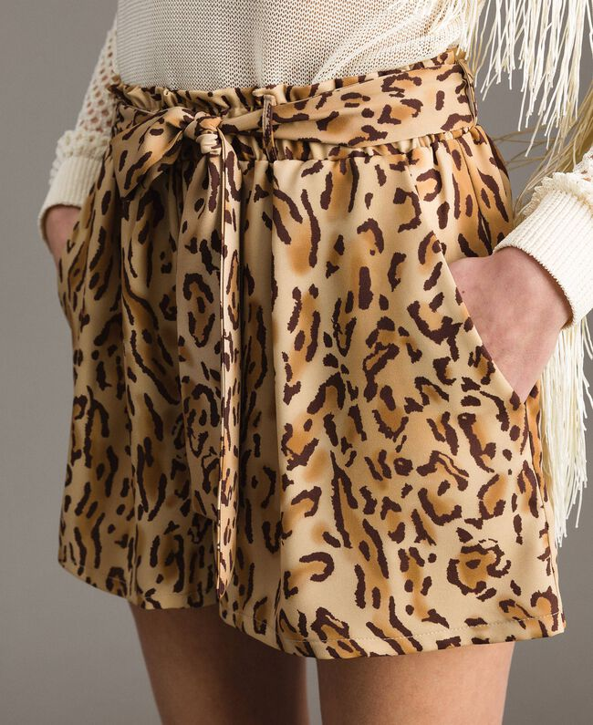 "Animal print shorts ""Petra Sandstone"" Brown Animal Print Woman 191LM2UJJ-04"