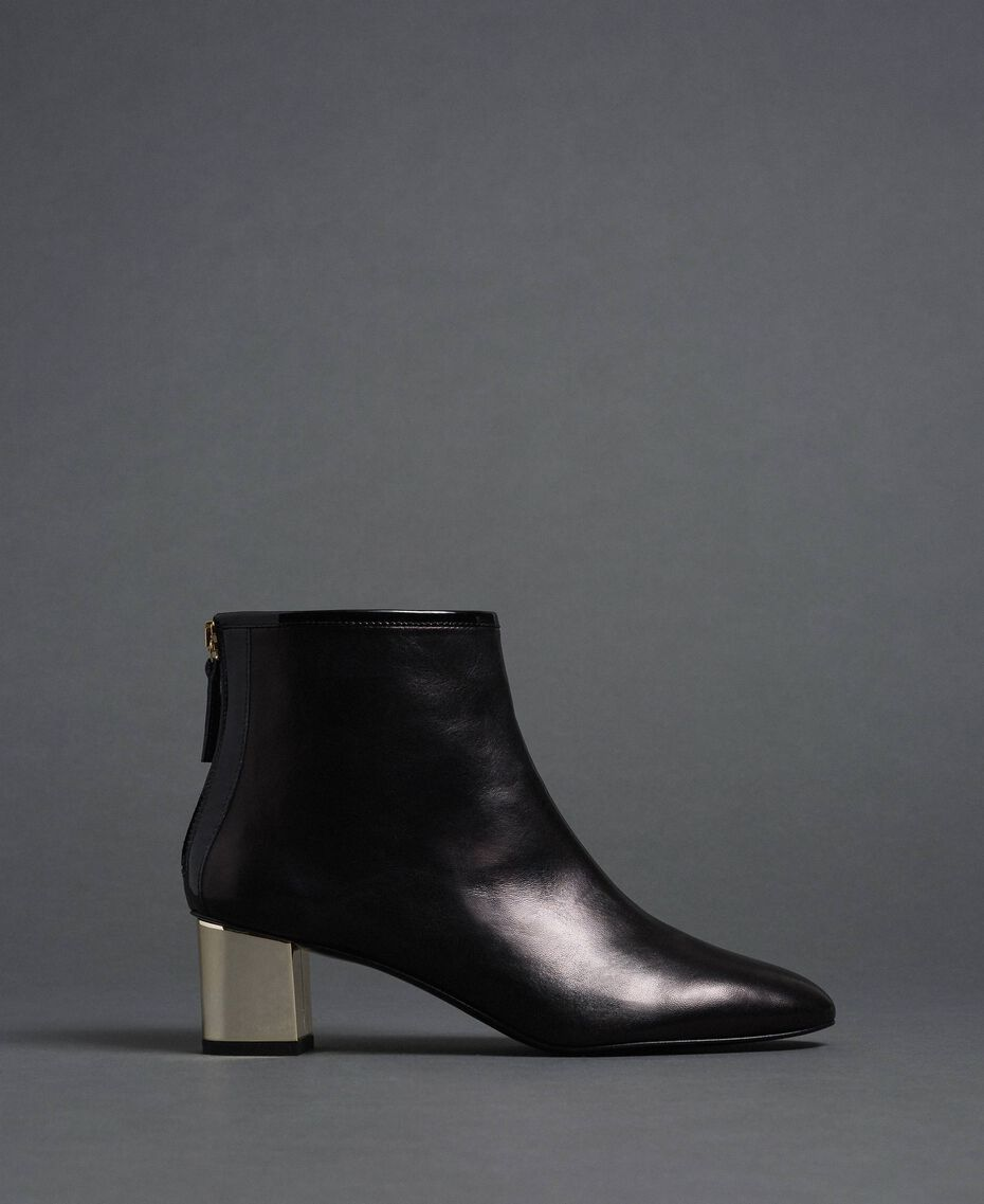 Leather ankle boots Black Woman 192TCP126-03