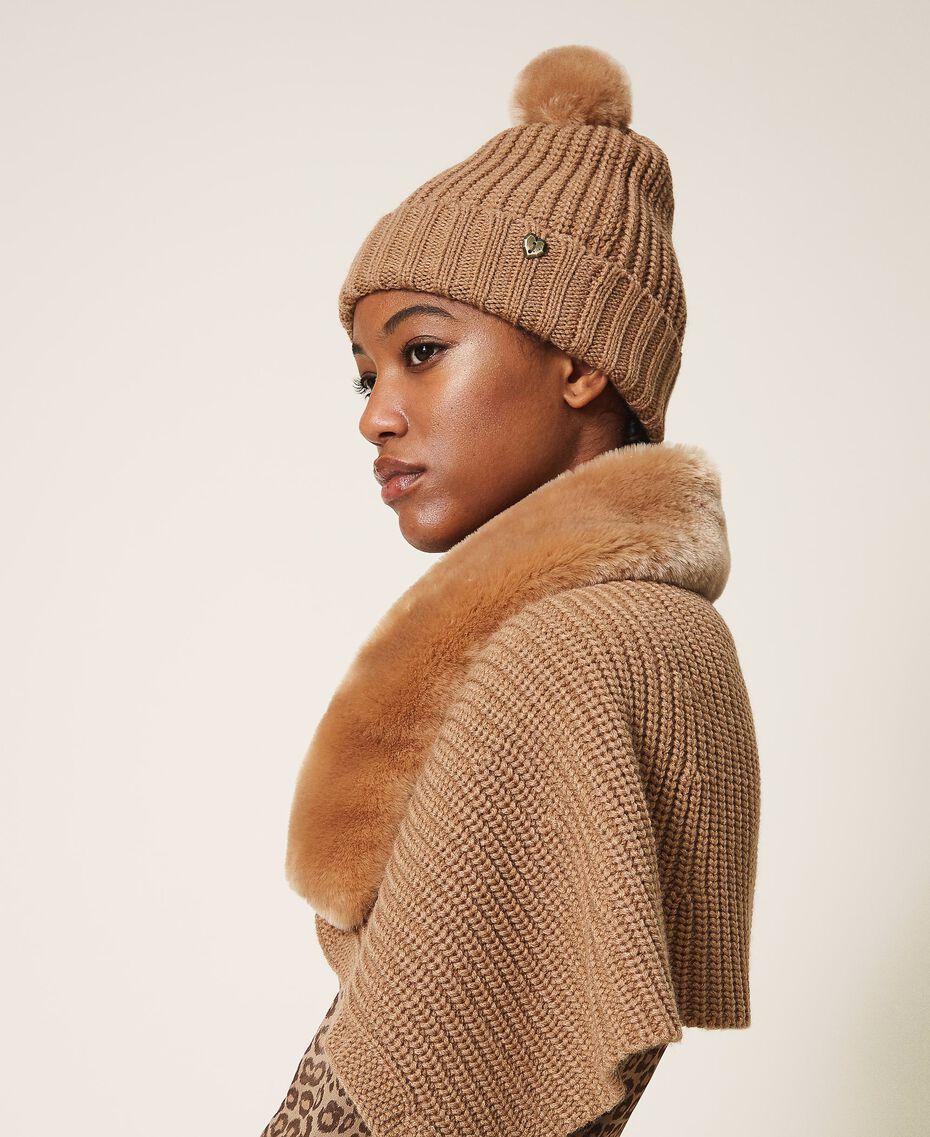 Faux fur pompom beenie Camel Woman 202MA4320-0S