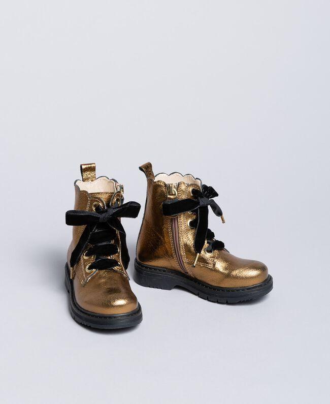 Stiefelette aus Leder mit Feston Karamellbraun Kind HA86CC-01