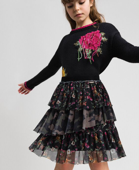 Full skirt with mixed prints