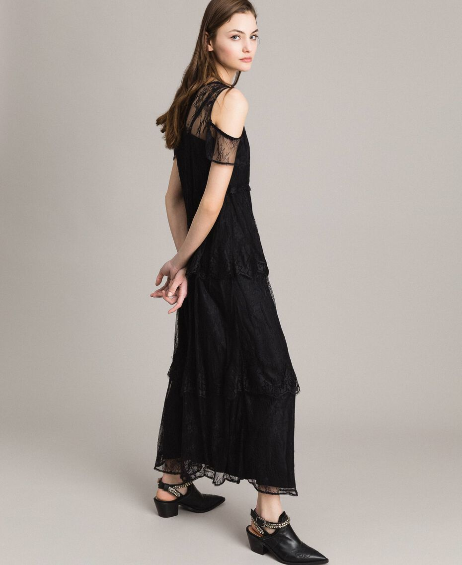 Flounced long Chantilly lace dress Black Woman 191ST2123-02
