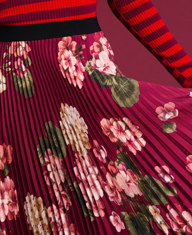 Long pleated skirt in floral twill Beet Red Geranium Print Woman 192TP2609-04