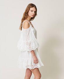 Robe Meknes épaules dénudées en mousseline avec broderie anglaise Off White Femme 211TT2701-03