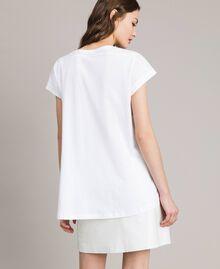 T-Shirt mit Pailletten und Logo Weiß Frau 191TP260E-03