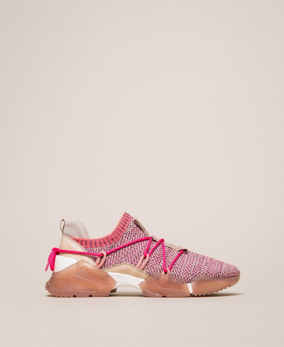 Chaussures de running en tissu avec détails fluo Bicolore Rose / Fuchsia Fluo Femme 201TCP154-01