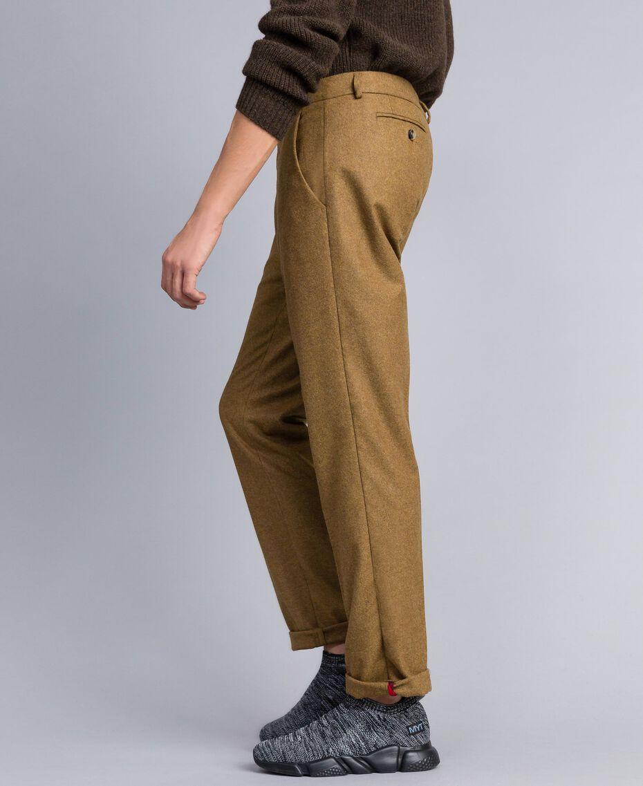 Hose aus Flanell Karamellbraun-Melange Mann UA82C1-02