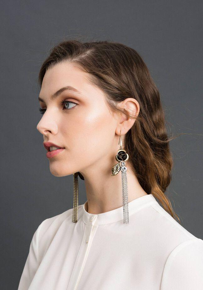 Ohrringe mit Rose und Strass