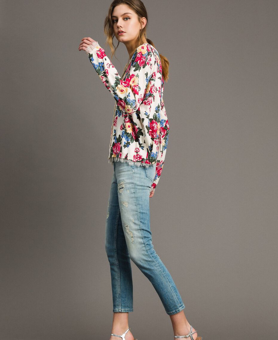 Jumper-cardigan with floral print Cloth White Flowers Print Woman 191MP3131-02