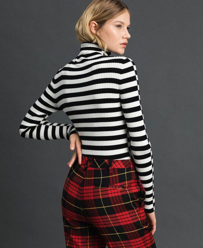 "Turtleneck jumper with two-tone stripes Black / ""Papyrus"" White Stripe Woman 192TP3090-03"