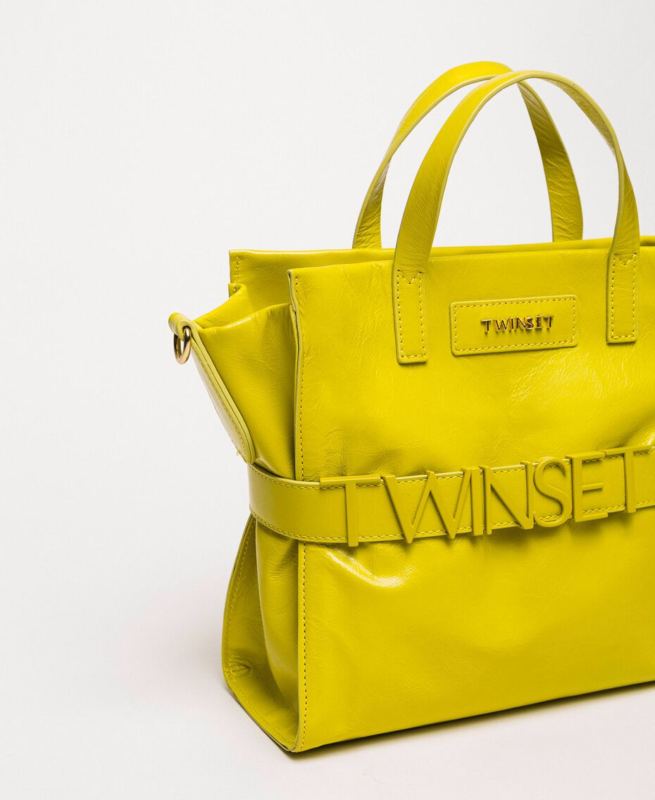 Mittelgroßer Shopper aus Leder mit Logo Lime Gelb Frau 201TO8091-01