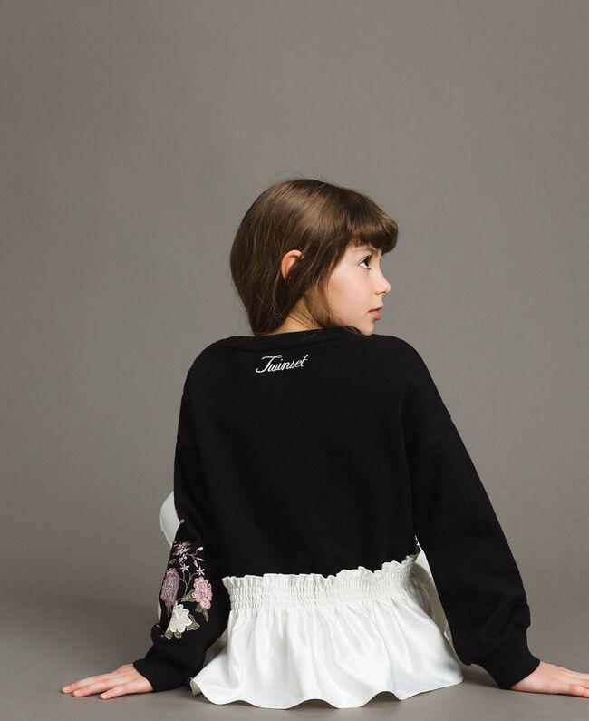 Baumwoll-Pullover mit Satin-Volant Zweifarbig Schwarz / Off White Kind 191GJ2401-04