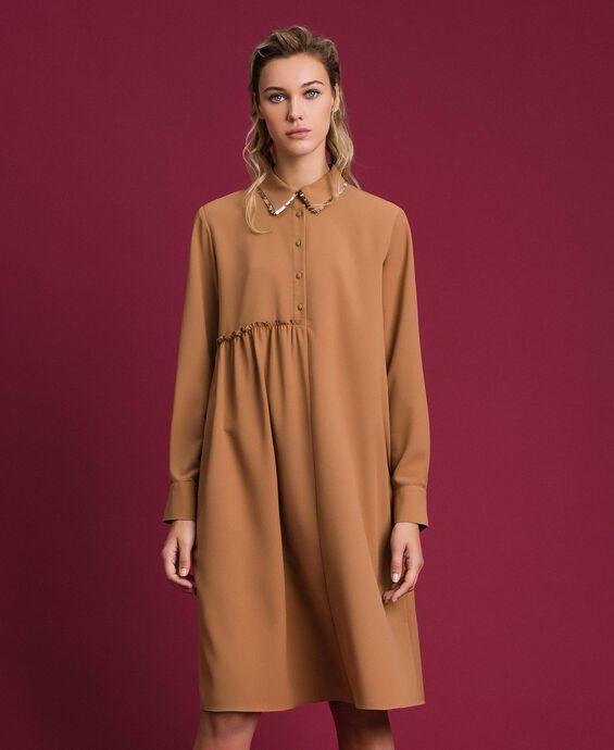 Платье-рубашка с пайетками